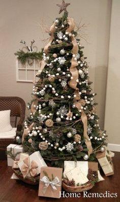 árvore de natal branca e rustica