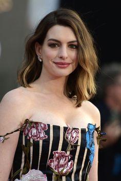 """El inspirador mensaje de Anne Hathaway a todas las madres: """"No hay de qué avergonzarse"""""""