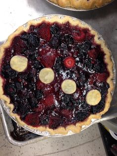 Whiskey, berry and crea, pie