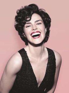 Aos 40 anos, Ana Paula Arósio contou à revista 'Claudia' que nunca esteve tão bem. 'Sou bem mais fel... - Divulgação, Revista Claudia