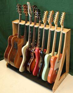 Suporte para guitarras.                                                                                                                                                      Mais