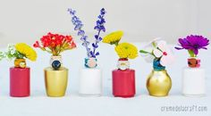 Reaproveitar vidros de esmalte é muito fácil e ainda você consegue delicadas peças (Foto: cremedelacraft.com)