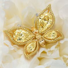 "Leviev:  I love this yellow diamond brooch.  All of the Leviev pieces are ""price upon request"" - I'm so curious . . ."
