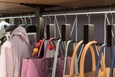 Mehr Platz in deinem Kleiderschrank mit einer Halterung für deinen Kleiderschrank von raumplus GmbH