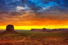 Monument Valley photographed by Wolfgang Staudt