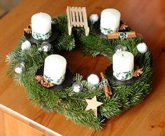 Idées couronne de l'avant Images, Diy Crafts, Table Decorations, Christmas, Home Decor, Crowns, Candles, Advent, Search