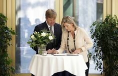 MYROYALSHOLLYWOOD FASHİON: King Willem Alexander and Queen Maxima signed the book of condolences at the Ministry of Safety and Justice for the victims of Malaysian Airlines Flight 17, July 18, 2014.