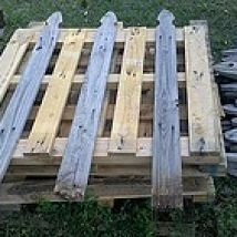 Pallet Fence: Re-purposing Pallets