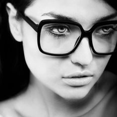 Glasses #glasses #fashion #black #white #glamour