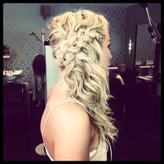 """@royalhaircut's photo: """"Fine Silje #oppsett#updo#curls#krøller#braid#flette#royalhaircut by @annehildekrangsaas"""""""