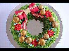 Christmas Wreath Cake Tutorial- Rosie's Dessert Spot - YouTube