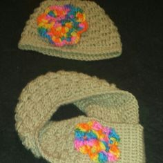 Hat and loop scarf i made with alittle flower power
