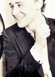 Tom really does have the best smile ever! You smile because he smiles! >> it's just contagious ^_^