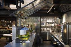 MOJO´S Eatertainment http://www.estida.nl/portfolio-posts/mojos-eatertainment-alkmaar/ #design #kitchen #ESTIDA
