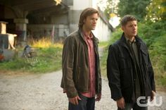 "Supernatural -- ""I'm No Angel"" -- Image SN903a_0235 – Pictured (L-R): Jared Padalecki as Sam and Jensen Ackles as Dean -- Credit: Diyah Pera/The CW --  © 2013 The CW Network, LLC. All Rights Reserved"