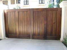 25+ best ideas about Wooden driveway gates on Pinterest | Driveway ...