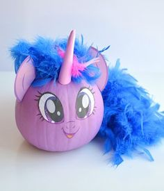 Oh my goodness! These My Little Pony Pumpkins from are so cute! I think a few MyLittle Pony Pumpkins will be the perfect addition to the unicorn pumpkins we plan to make as well. Halloween Pumpkins, Halloween Crafts, Halloween 2017, Halloween Decorations, Halloween Costumes, Christmas Decorations, Character Pumpkins, Unicorn Pumpkin, Pumpkin Contest