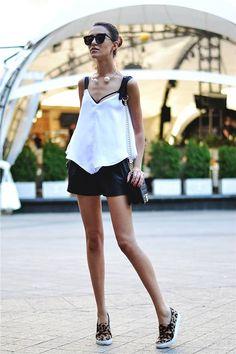 Sheinside White Crop Chiffon Contrast Black Strap V-neck Cami