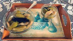Κομπόστα αχλάδι…από την Αλεξάνδρα Σουλαδάκη http://www.donna.gr/14596/kobosta-achladiapo-tin-alexandra-souladaki/  Ένα πολύ εύκολο, ελαφρύ, οικονομικό και υγιεινό γλυκάκι για την υπογλυκαιμία, με ελάχιστες θερμίδες, είναι η κλασσική κομπόστα. Τα περισσότερα φρούτα γίνονται κομπόστα, τα μήλα,
