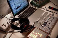 Musicals Instruments Tips Studio Gear, Studio Room, Blood In Water, Dj Gear, Audio, Cold Brew Coffee Maker, Expensive Gifts, Ableton Live, Drum Machine
