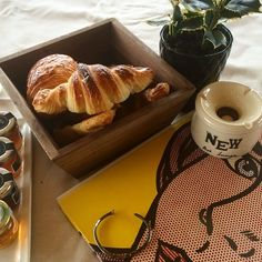 Brunch time at NEW Art Lounge, starting with some freshly baked croissants! #brunch #croissants #yeshotels Photo credits @mformariza