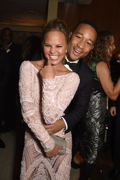 2015 - All The Photos You Need To See From The Golden Globes After-Parties-John Legend et Chrissy Teigen