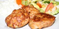 Sæt ovnen på grill de sidste par minutter, så bliver frikadellerne sprøde.