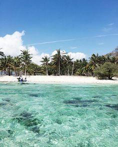 "Júlia Juste en Instagram: ""Malcapuya Island in Coron, Philippines. This is the most amazing place I've ever been! - #theoutlierspalawan #palawan #busuanga #coron…"""