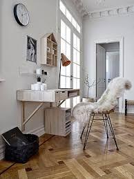 les 17 meilleures images du tableau bureaux suspendus sur pinterest bureaux bureau suspendu. Black Bedroom Furniture Sets. Home Design Ideas