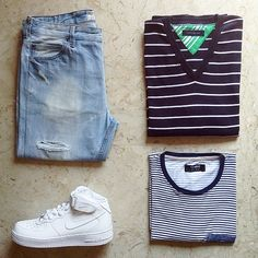 Have a nice sunday ⚪️⚪️#ootd #outfitoftheday #outfitgrid #outfitkillers  1⃣Jeans: #denim by #pull&bear 2⃣Sweater: #tommyhilfiger 3⃣Tee: pull&bear 4⃣Shoes: #nike #AF1