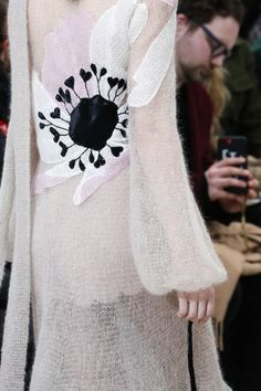 Valentino Fall 2018 Ready-to-Wear Fashion Show Details