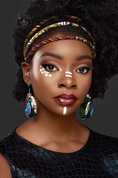 3 Strand Straight Metallic and Aztec Print Headband – African Headband – Ankara Headband – Metallic – Uñas Coffing Maquillaje Peinados Tutoriales de cabello African Tribal Makeup, African Beauty, African Style, African Women, Black Women Art, Beautiful Black Women, African Face Paint, Tribal Face Paints, Maquillage Halloween