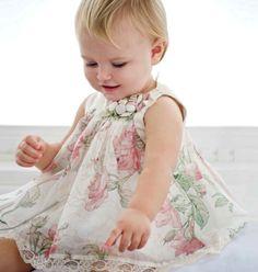 Vestidinhos de bebê - Constance Zahn
