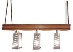 Die Gemüsereiben-Lampe hat es in den aktuellen DAWANDA LOVEBOOK KATALOG - Winter 2011/2012 geschafft! HURRA!!! Vielen Dank nochmal liebes Dawanda Team!   Also raus mit den alten langweiligen und tristen Hängelampen und Platz da für dieses wunderbare Einzelstück.  Copyright ©www.jetzt-wirds-bunt.de