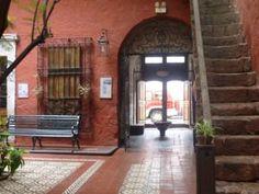 casas coloniales con patio central - Buscar con Google
