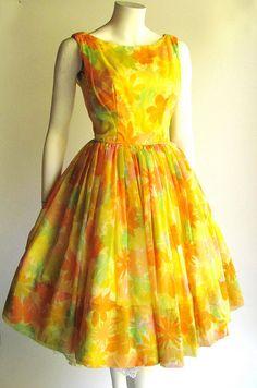 dresses for sale Stylish Dresses For Girls, Gowns For Girls, Stylish Dress Designs, Frocks For Girls, Girls Frock Design, Long Dress Design, Kids Frocks Design, Frock Fashion, Indian Fashion Dresses