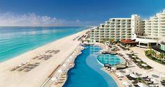 De frente para o mar do #Caribe, o #HardRockHotel Cancún completa o glamour do destino, que por si só, já seria atrativo para turistas mais exigentes. #Travel #Cancun