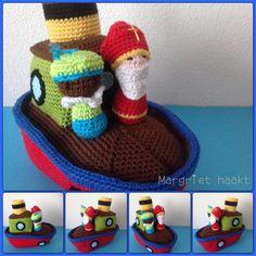 Stoomboot met sinterklaas en zwarte piet.  Made by me