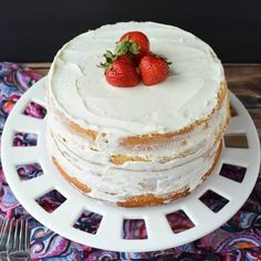 Learn how to make a vanilla cake from scratch! This homemade vanilla cake recipe from scratch is so easy. Vanilla cake from scratch is so better than a mix. Perfect Vanilla Cake Recipe, Vanilla Cake From Scratch, Homemade Vanilla Cake, Cake Recipes From Scratch, Dessert Recipes For Kids, Dessert Cake Recipes, Easy Baking Recipes, Köstliche Desserts, No Bake Protein Bars