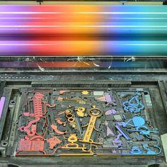 Es gab Nachwuchs im Museumsteam und unser Kollege Hans Bote hat die wohl beste Glückwunschkarte gestaltet, die man sich vorstellen kann. #museumfuerdruckkunst #hochdruck #buchdruck #letterpress #bleisatz #typographie #typography #typografik #irisdruck
