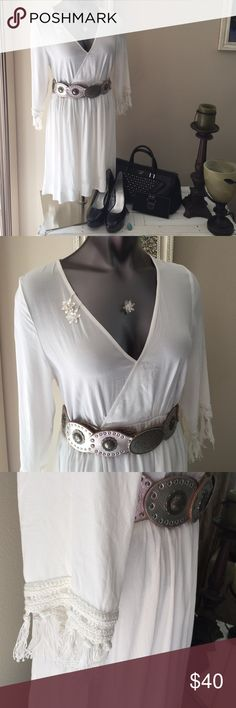 NWT HONEY PUNCH WHITE TUNIC OR COVER-UP, SIZE L NWT HONEY PUNCH WHITE TUNIC OR COVER UP! Seriously stunning! Gorgeous fringe on sleeves! So well made! Dress it up or down! *FOSSIL Sterling Silver Belt from the 70's in separate listing - $50, GUESS HEELS $30, PURSE $56 (with FREE wallet) ALL IN SEPARATE LISTINGS! *Sterling Silver Earrings and Necklace in separate listing! $15 Lucky Punch  Dresses Midi