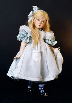 Image detail for -queen of hearts 35 inches porcelain doll alice in wonderland 27 inches ...