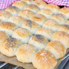 utvald Artisan Bread Recipes, Taste Buds, Bread Baking, Rolls, Cooking Recipes, Breakfast, Baking, Morning Coffee, Buns