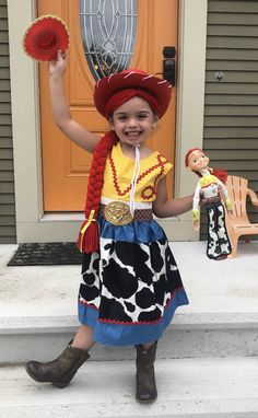 Jessie Playful Yarn Hair Inspired by Toy Story Jessie Halloween Costume, Care Bears Halloween Costume, Jessie Costumes, Bear Halloween, Cool Costumes, Halloween 2019, Halloween Ideas, Costume Ideas, Jessie Toy Story