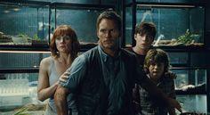 Owen, Claire & the kids in Jurassic World