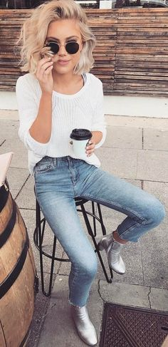 summer outfits White Knit + Skinny Jeans