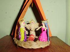Sagrada Familia miniatura elaborada en fibra vegetal s