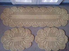 Belíssimo kit de tapete em crochê, Maravilhoso! Imagem com o gráfico..