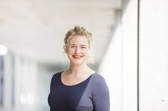 Unsere tolle, neue Kollegin, Carolin. Sie bringt ab August Neues über Schnittmuster Berlin; Infos zu Produkten, DIY Ideen und vieles mehr.