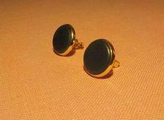 New ***.  Sleek racing green Jade stone earrings.  12 mm diameter.  Gold plated. by Grindingstone on Etsy